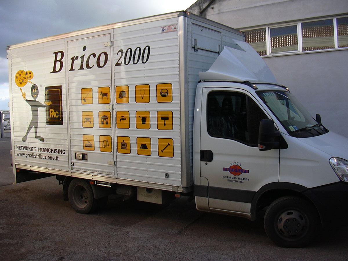 Brico 2000